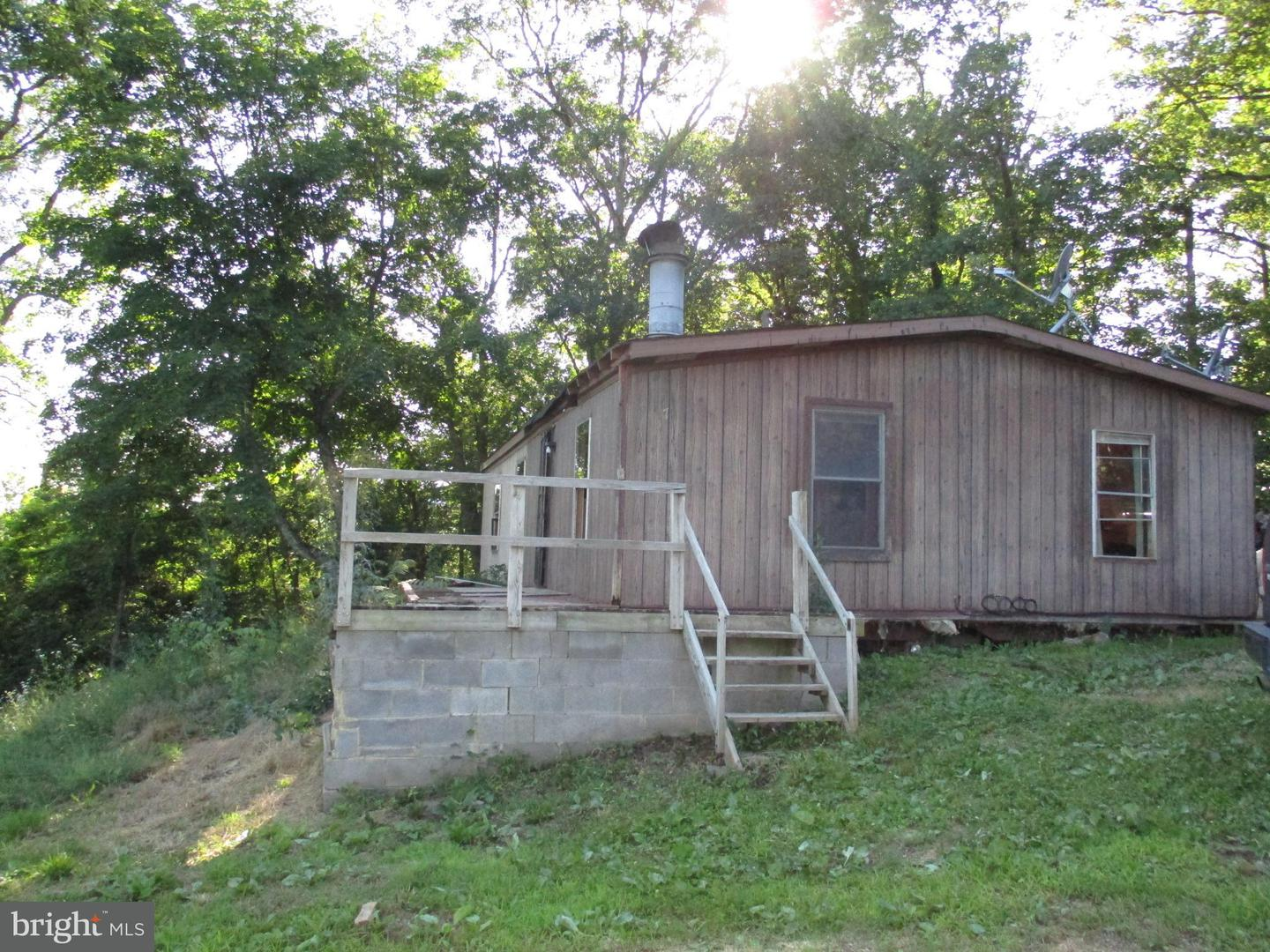 Single Family for Sale at 537 Fall Seasons Rd Bloomery, West Virginia 26817 United States