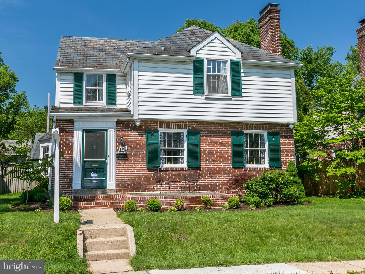 Single Family for Sale at 4402 Sedgwick Rd Baltimore, Maryland 21210 United States