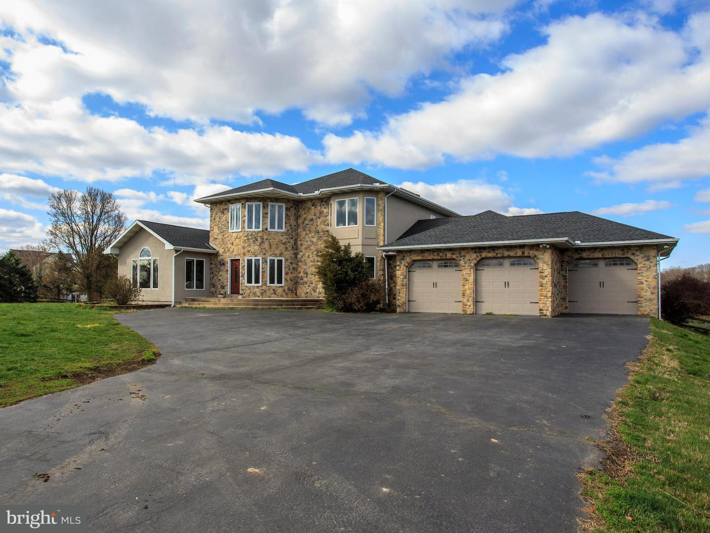 Single Family for Sale at 139 Scott Rd Warwick, Maryland 21912 United States