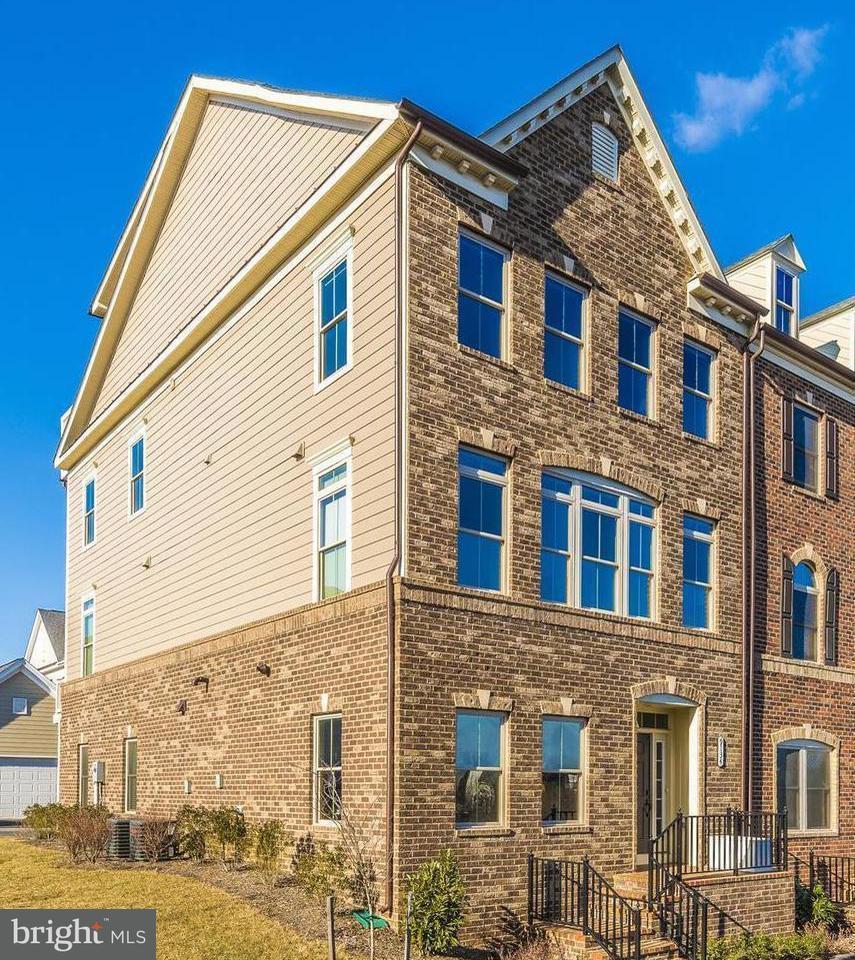 Stadthaus für Verkauf beim 9134 Kenway Lane 9134 Kenway Lane Frederick, Maryland 21704 Vereinigte Staaten