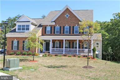 Частный односемейный дом для того Продажа на 13212 Davenport Drive 13212 Davenport Drive Brandywine, Мэриленд 20613 Соединенные Штаты