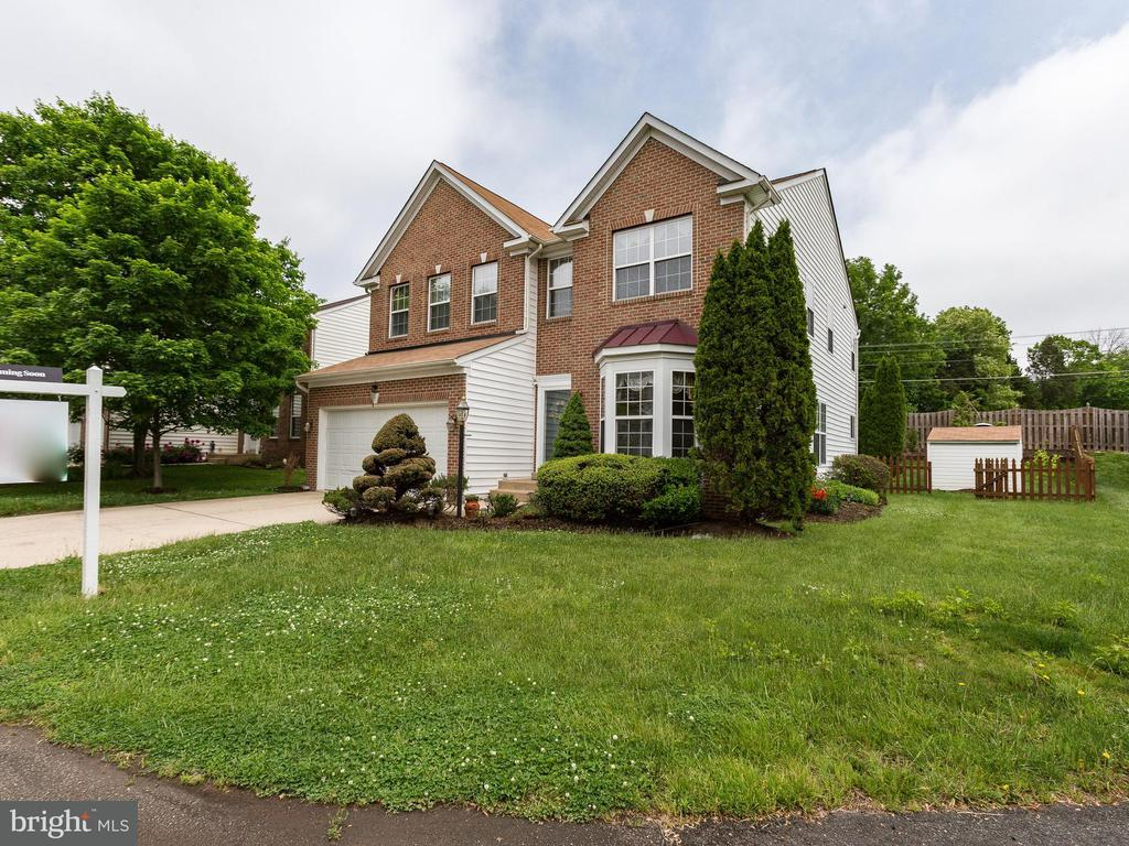 14035 WALNEY VILLAGE CT, Chantilly VA 20151