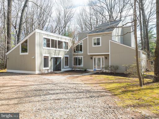 3211 Cobb Hill, Oakton, VA 22124