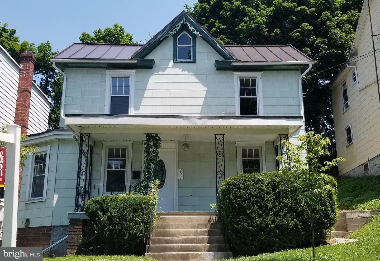 203 Mount Airy Avenue Waynesboro, PA 17268