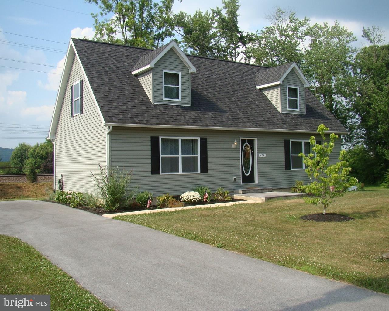124 S LLOYD AVE, DOWNINGTOWN - Listed at $309,900,
