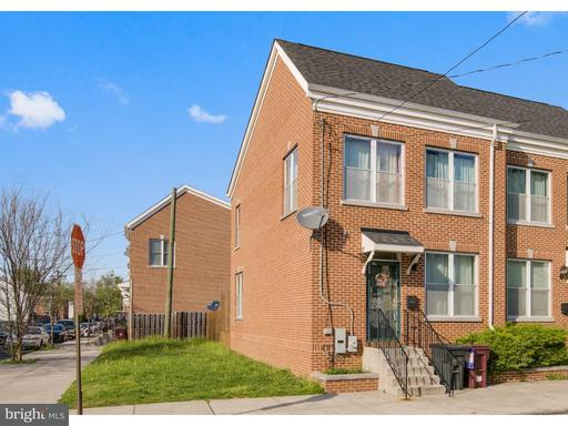 Photo of 1103 B Street, Wilmington DE