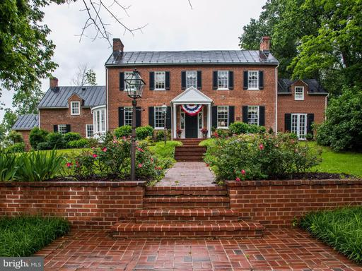 21524 Whites Ferry, Poolesville, MD 20837
