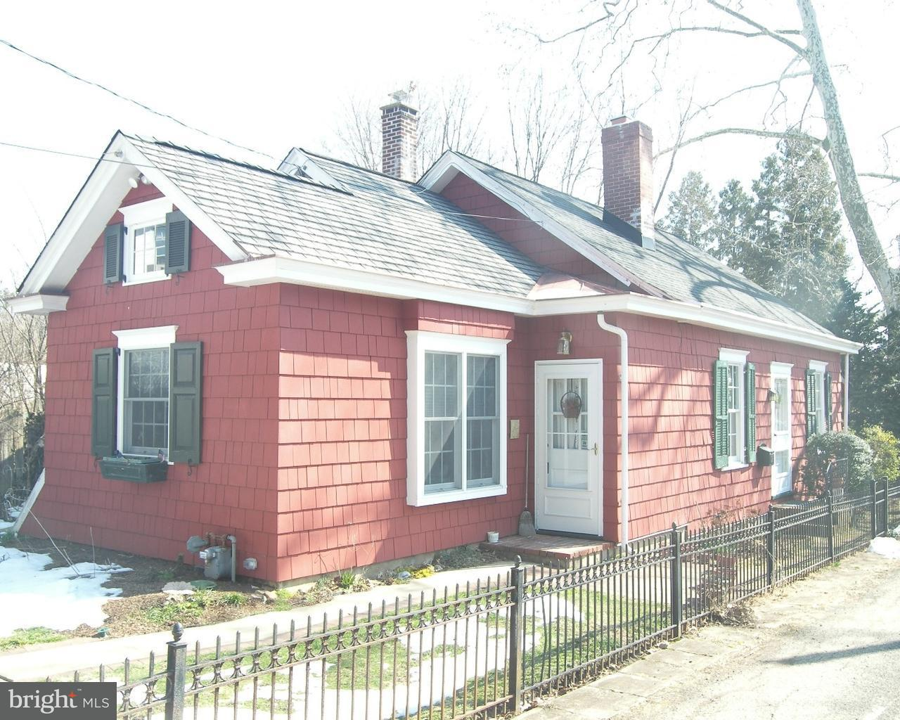 348 LINDEN AVE, DOYLESTOWN - Listed at $1,800, DOYLESTOWN