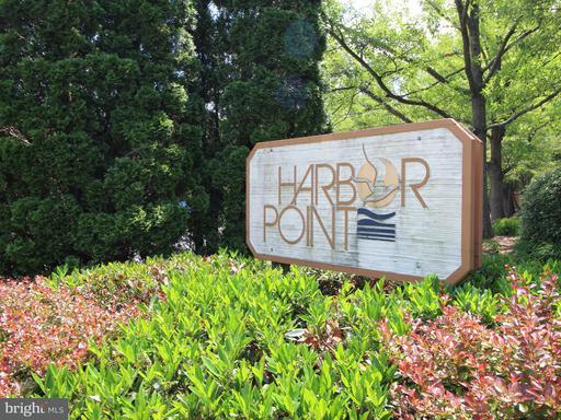 11228 Harbor, Reston, VA 20191