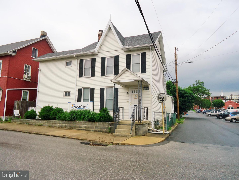 45 2ND Street Waynesboro, PA 17268