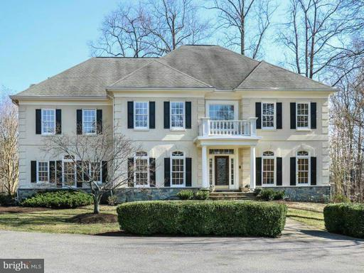 2349 Patuxent River, Gambrills, MD 21054