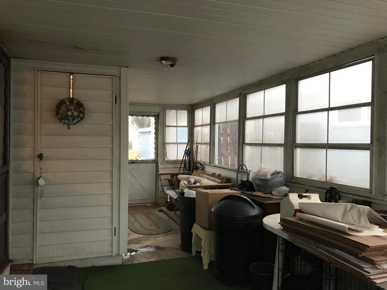 2424  Saratoga Baltimore, MD 21227