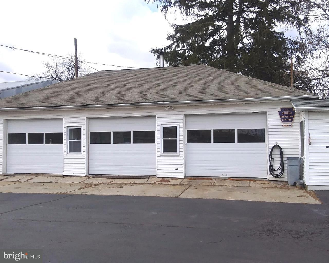348 E MAIN ST, COLLEGEVILLE - Listed at $1,200, COLLEGEVILLE