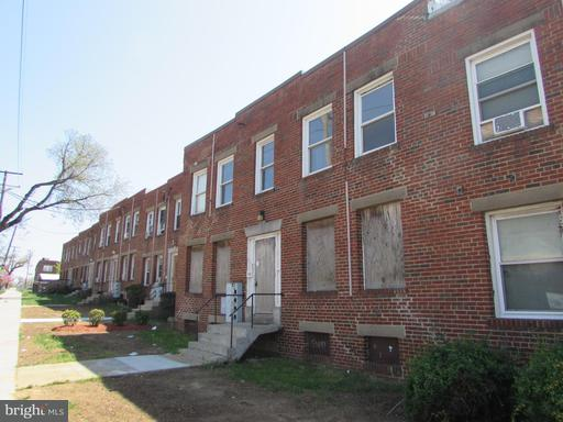 1253 Mount Olivet, Washington, DC 20002