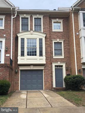 3944 Valley Ridge, Fairfax, VA 22033