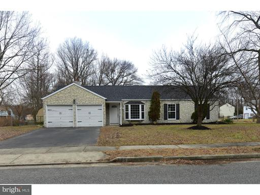 Photo of 245 Applewood Lane, Carneys Point Twp NJ