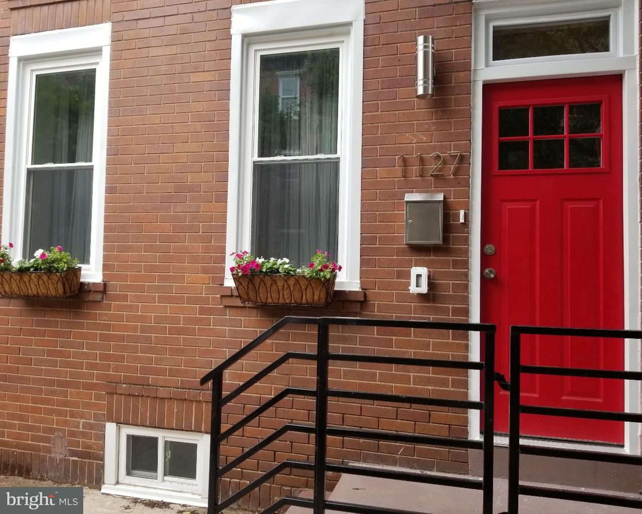 1127 Carpenter Street Philadelphia, PA 19147