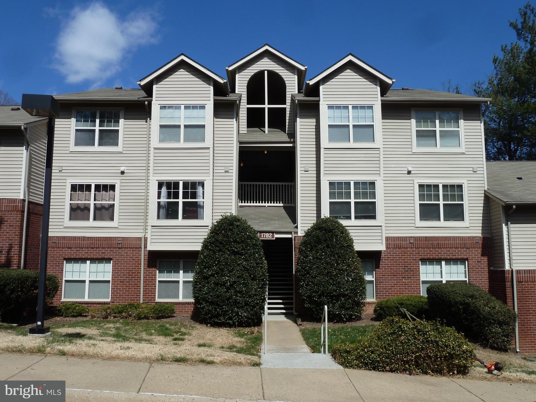 1782 JONATHAN WAY, #F, Reston, VA 20190