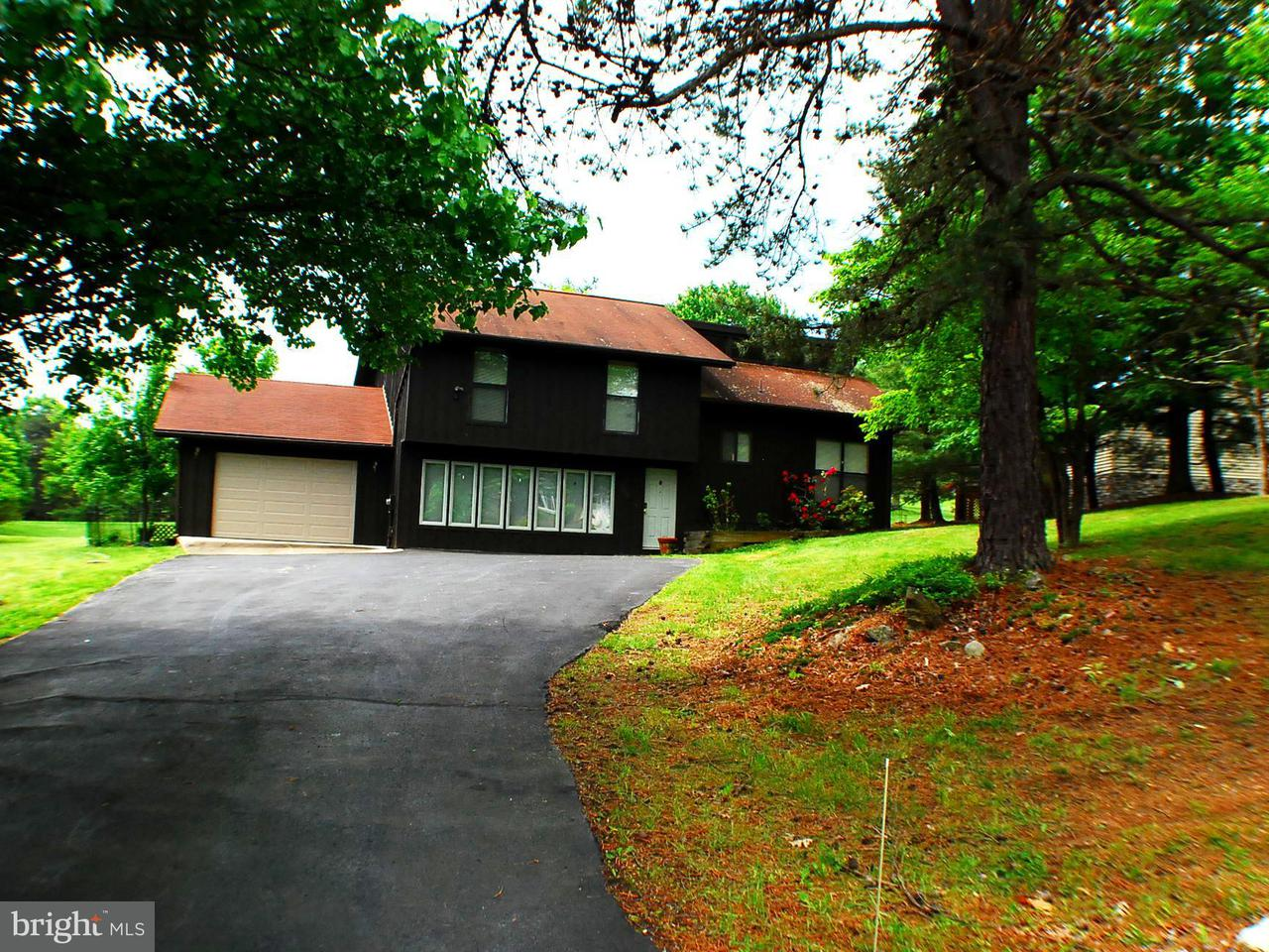 203 The Woods Road Hedgesville, WV 25427