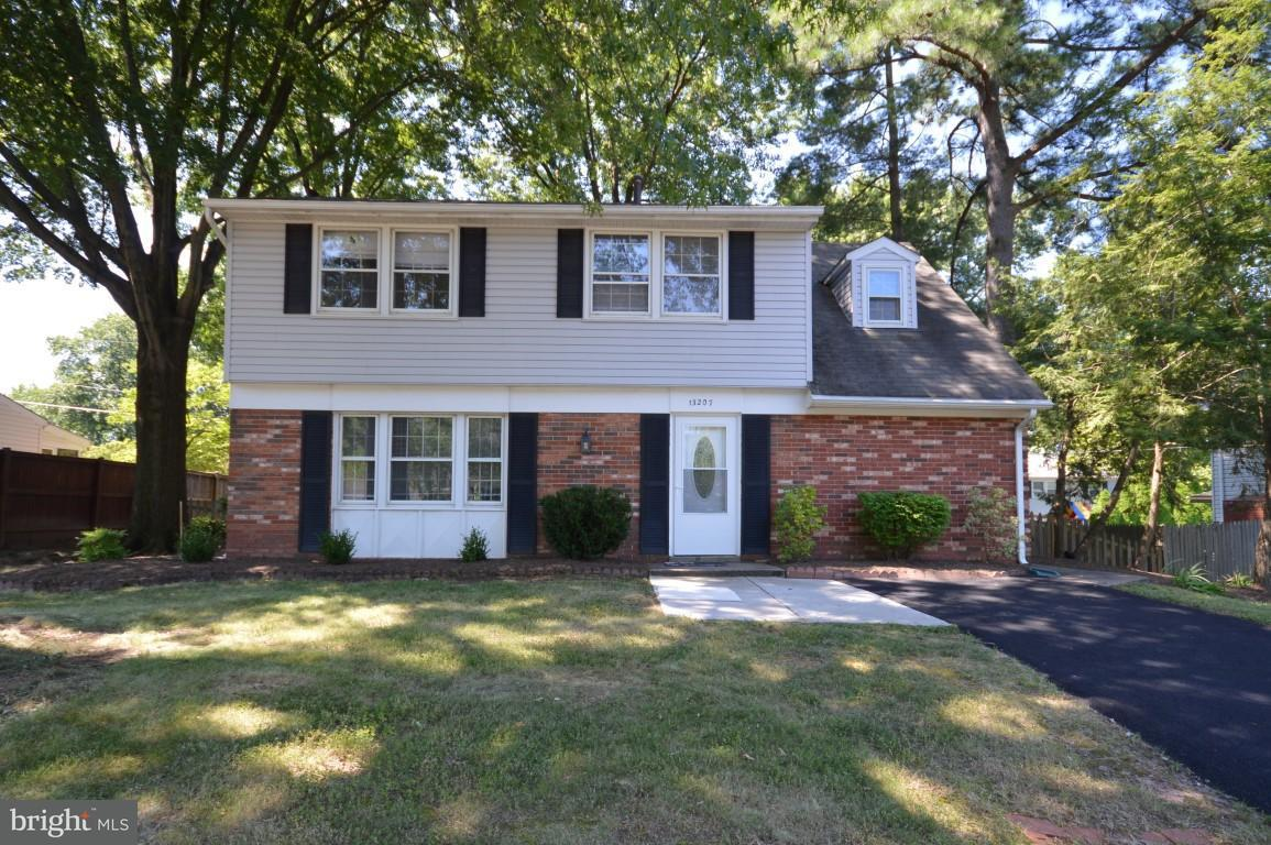 13207 Pennerview Lane Fairfax, VA 22033