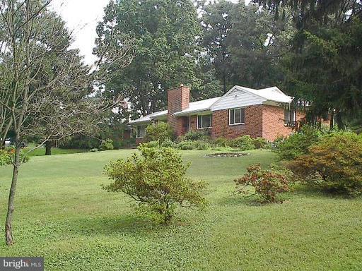 3022 Castle, Falls Church, VA 22044