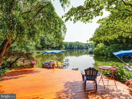 2016 Turtle Pond, Reston, VA 20191