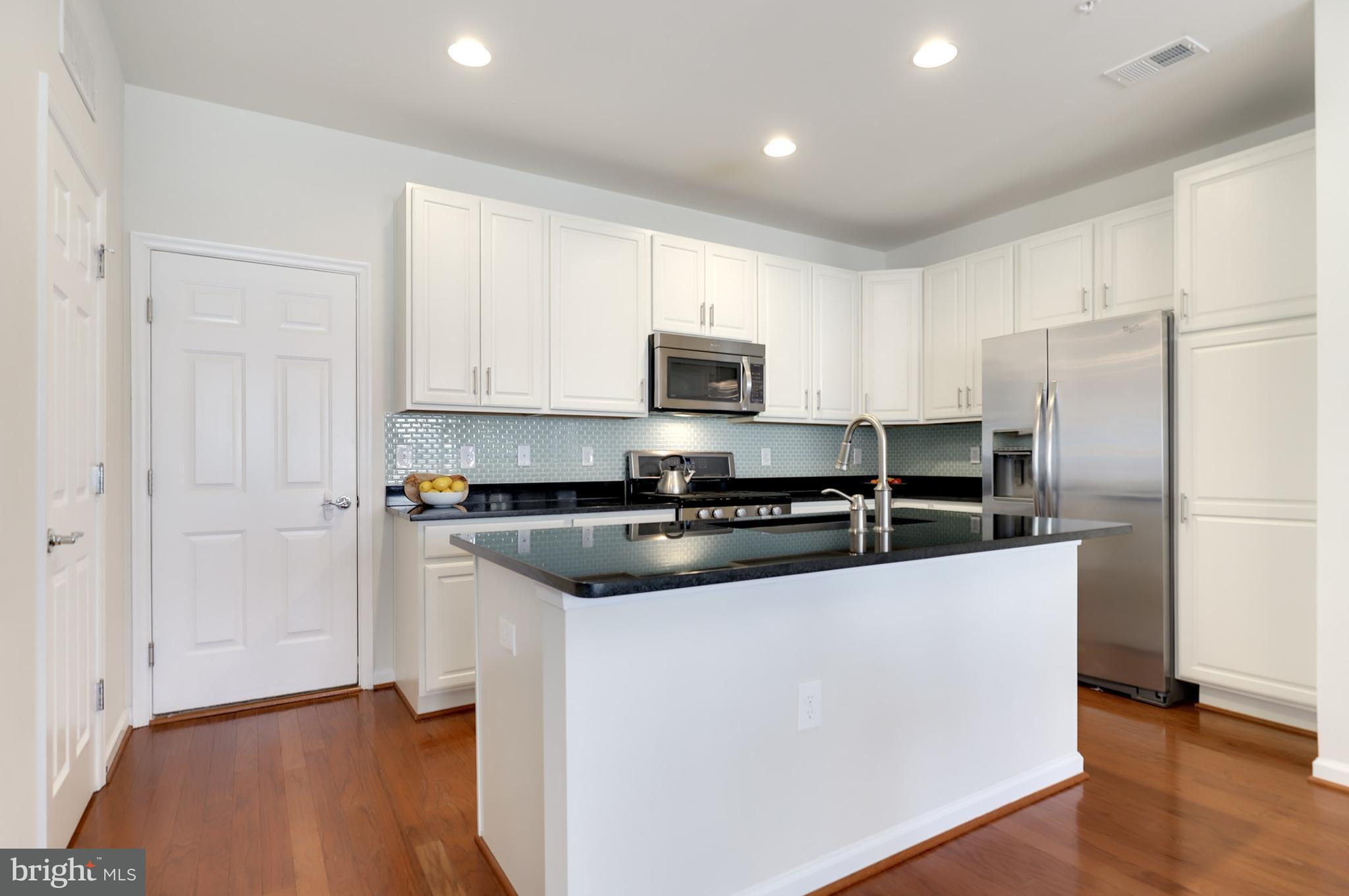 3059 RITTENHOUSE CIRCLE, #67, Fairfax, VA, 22031 | Heather Gosman ...