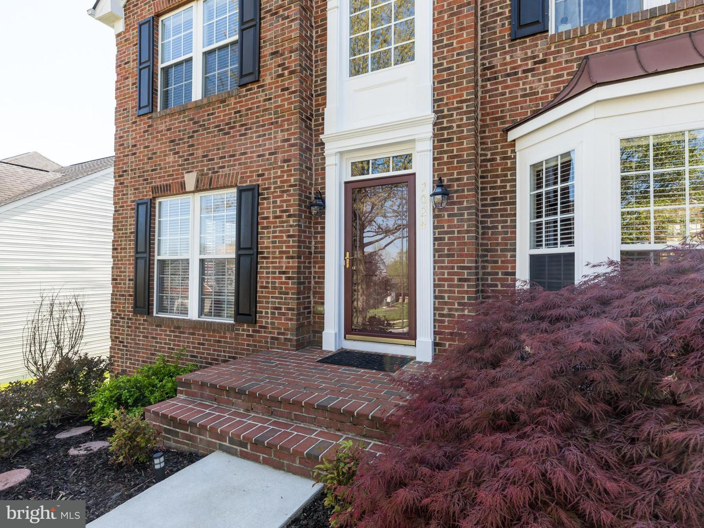 7024  Clifton Knoll Court Alexandria, VA 22315